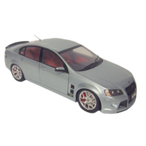 HOLDEN SPECIAL VEHICLES W427 SILVER SCALE 1:18