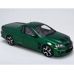 HSV 20 YEARS OF MALOO R8 LIMITED EDITION POISON IVY 1:18